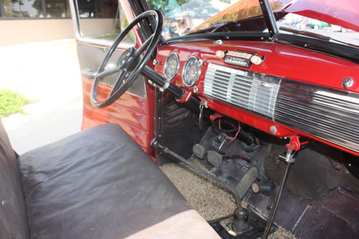 1947-Chevy-1-ton-1