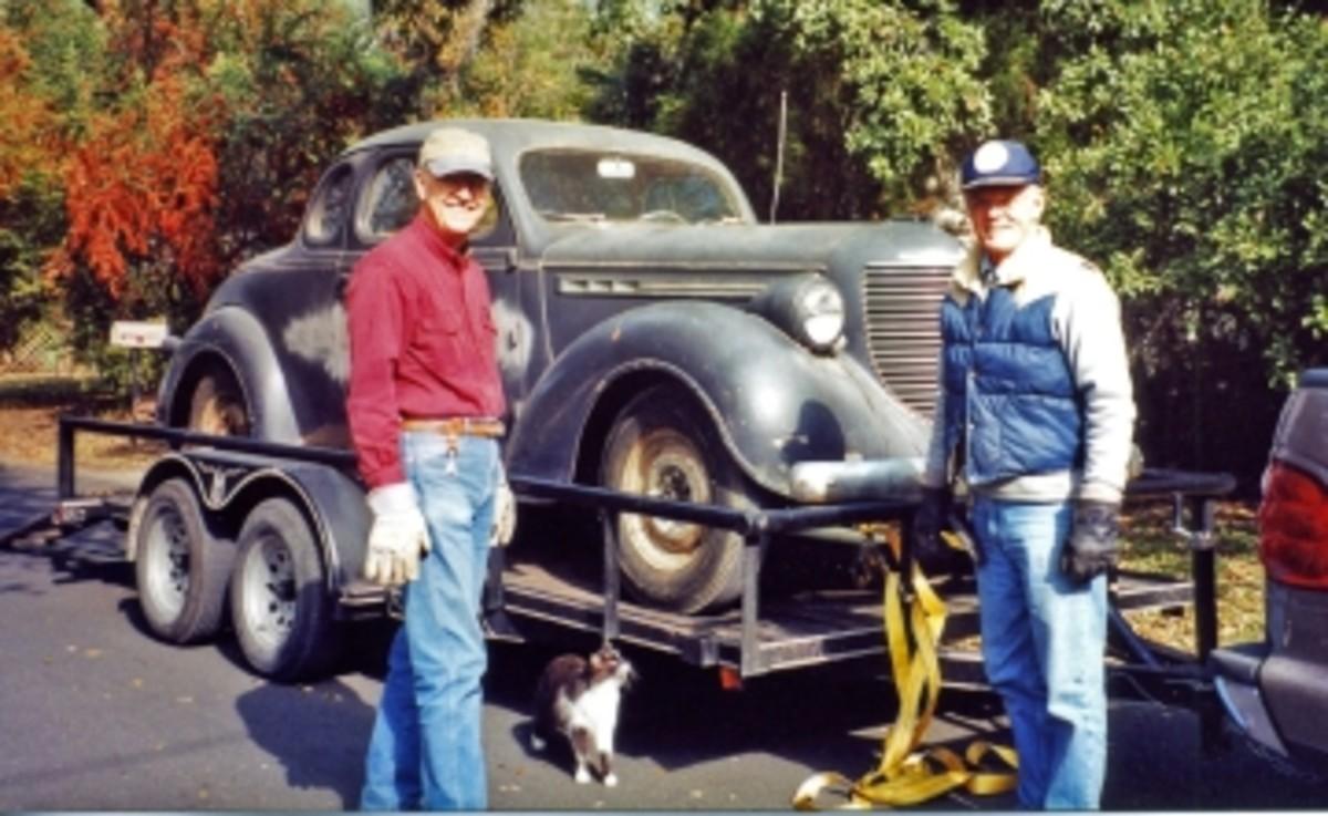 1938 Chrys 1-38 arrival Eddie & Fred.jpg