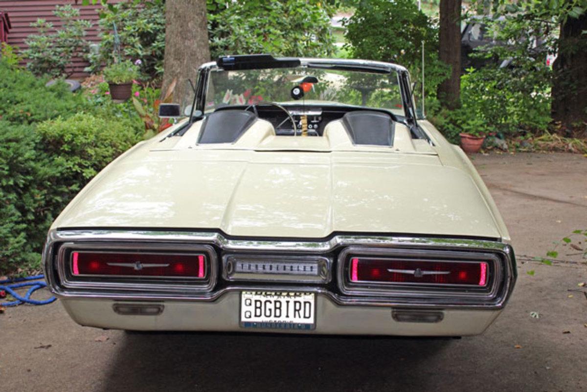 1964-T-bird-1