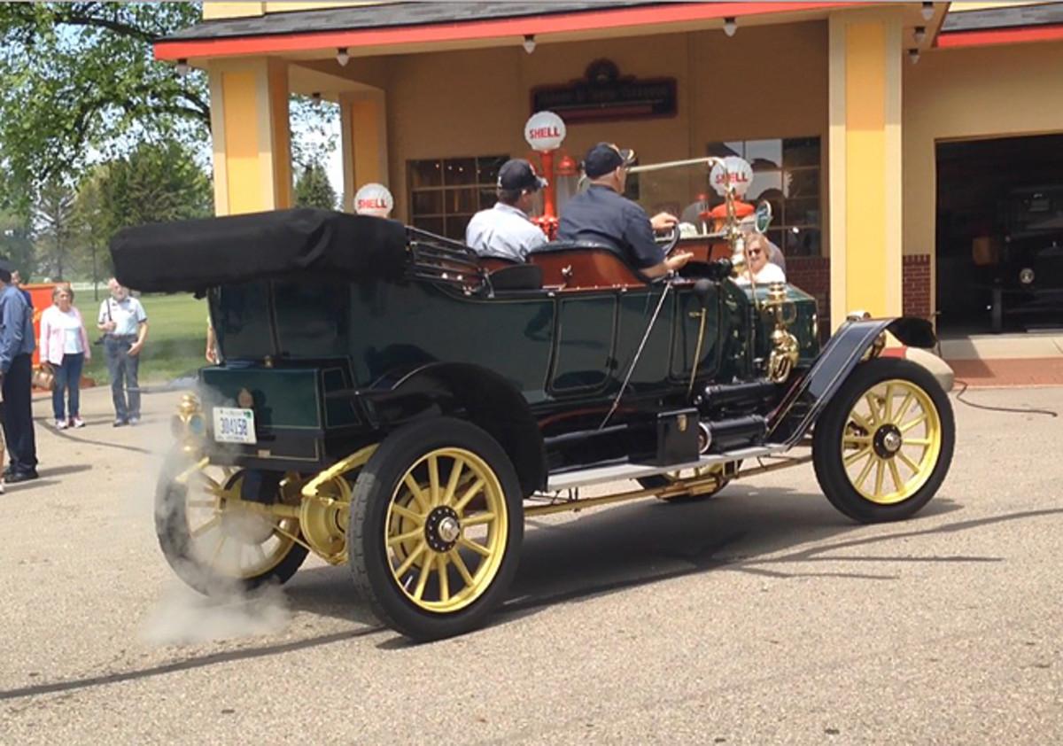 1911 Stanley Steam Car. Photo - Gilmore Car Museum