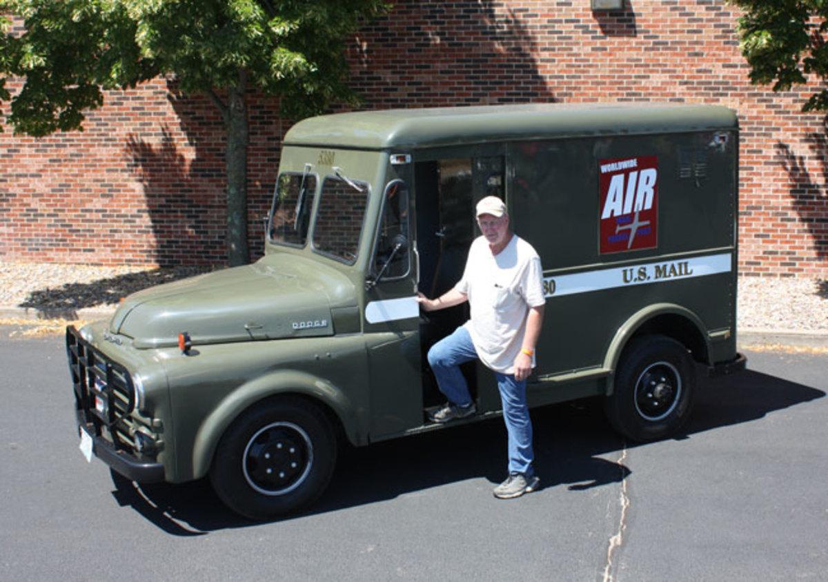 1951-mail-truck-5