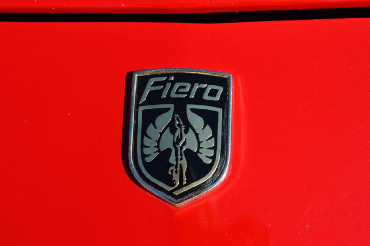 1985-Fiero-10