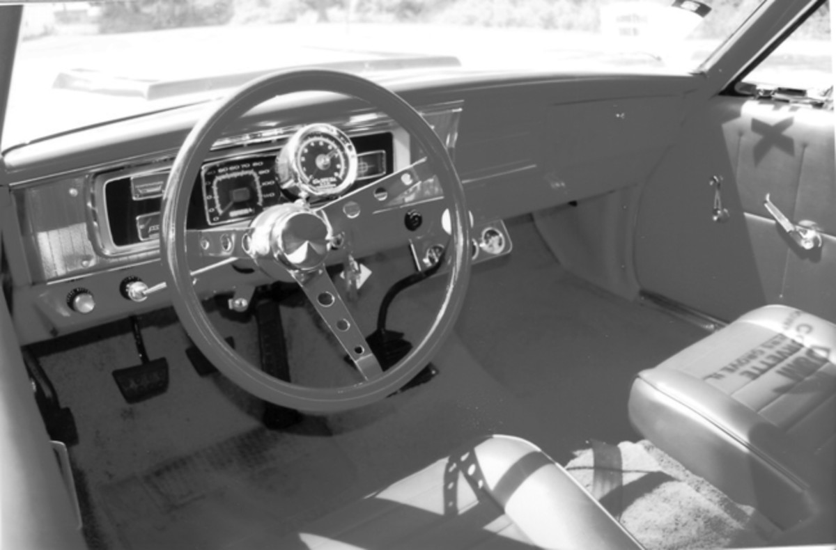 Randy Ball built the interior, complete with a serious-looking roll bar and red vinyl trimmings.
