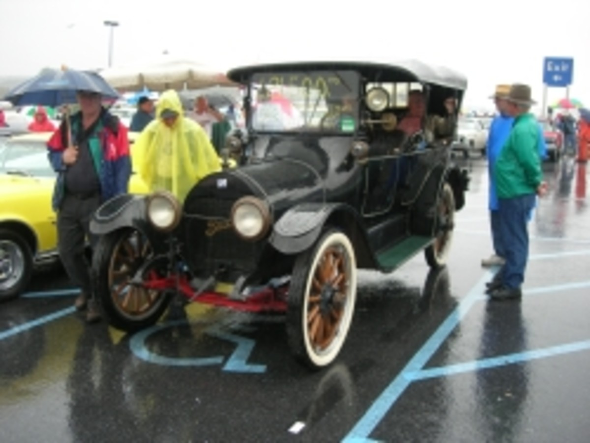1914 Buick Model B-37 touring car