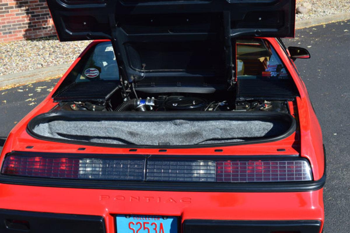 1985-Fiero-5