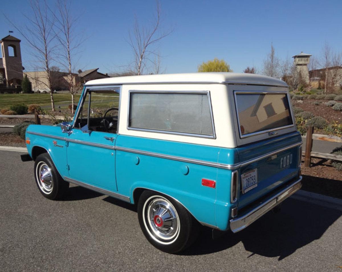 1970-Bronco-rear2