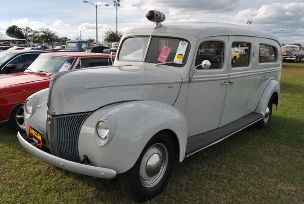 ford-40-ambulance