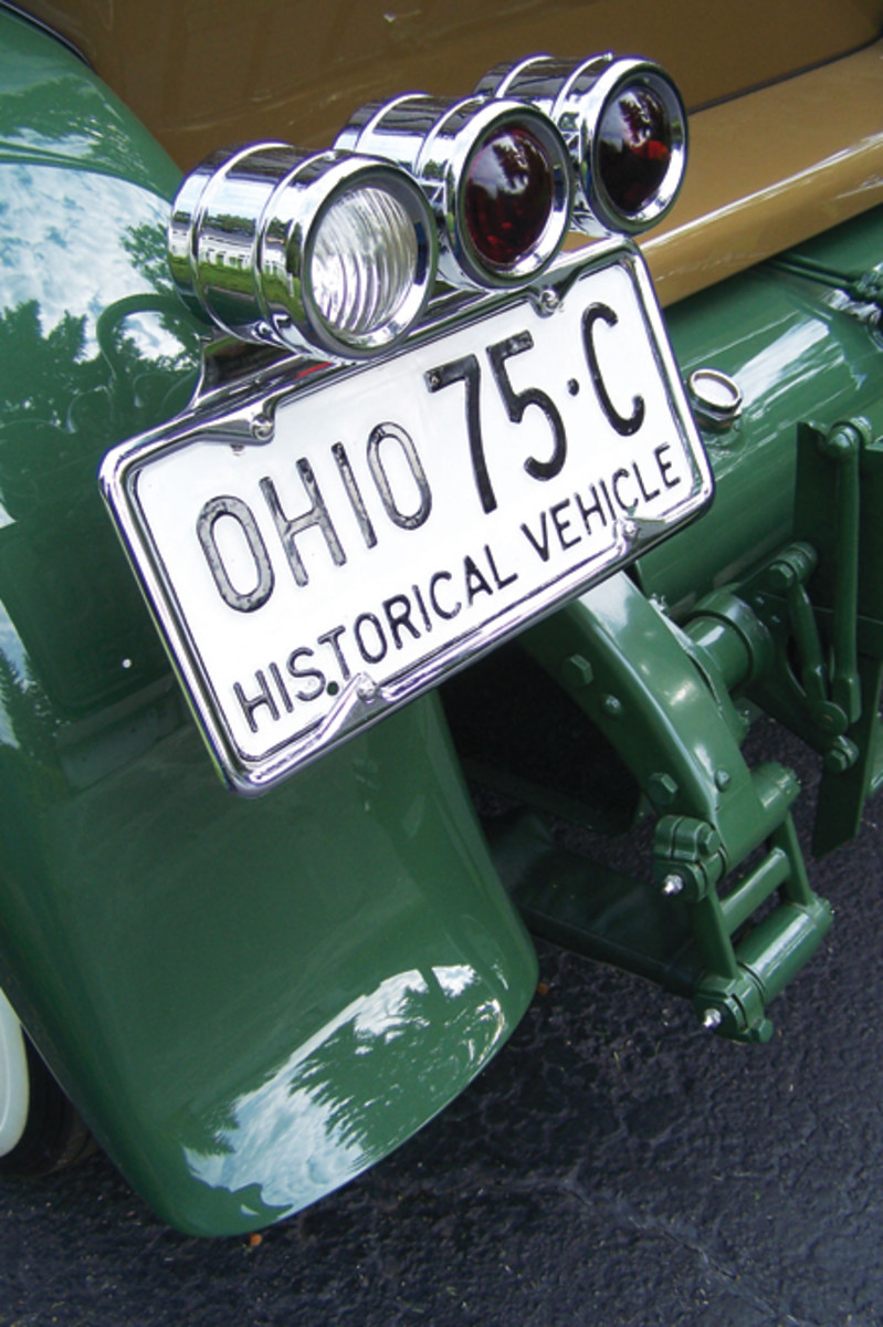 The triple tail lamp arrangement was one of the easiest ways to determine a Series 36, like this example, from its predecessor, the Series 33. This tail lamp was only found on 1927 and 1928 Series 36 models.