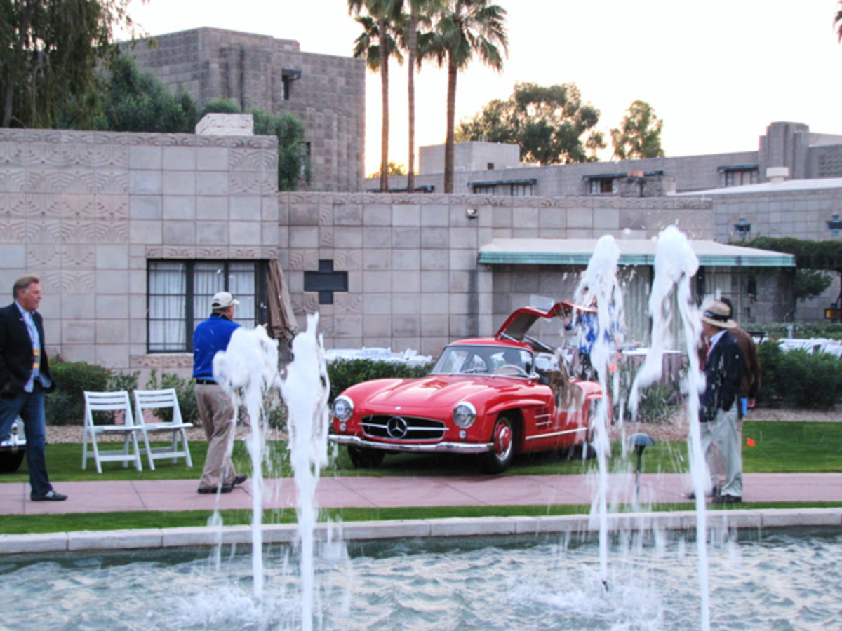 Mercedes-Benz 300SL is backed into place before the Arizona Concours at the Arizona Biltmore. (Bob Golfen photo)