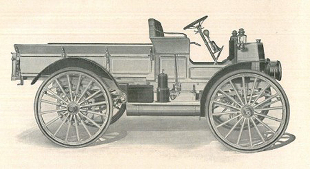 "From 1912 to 1916, IHC offered the Auto Wagon (also called the Commercial Car or Truck). The basic design was similar among air-cooled and water-cooled versions. While air-cooled engines did not have the plumbing typical of their counterparts, they had extras such as a cooling fan for each cylinder, delivering a burst of air to cool the fins of each cylinder ""jug."""