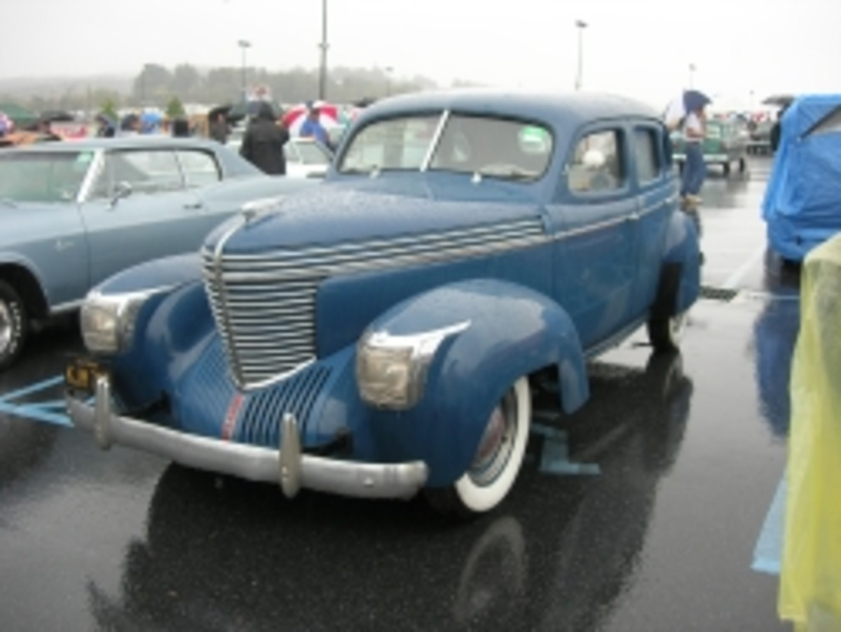 1940 Graham 'shark-nose' sedan