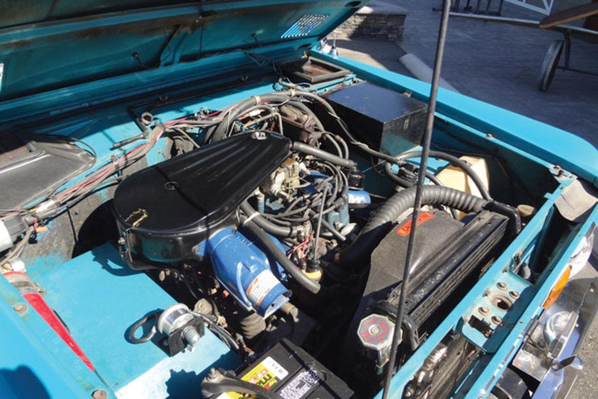 1970-Bronco-engine1