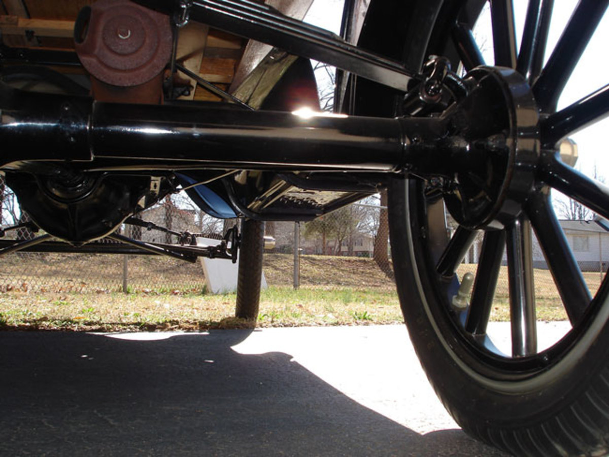 1923-Model-T-under