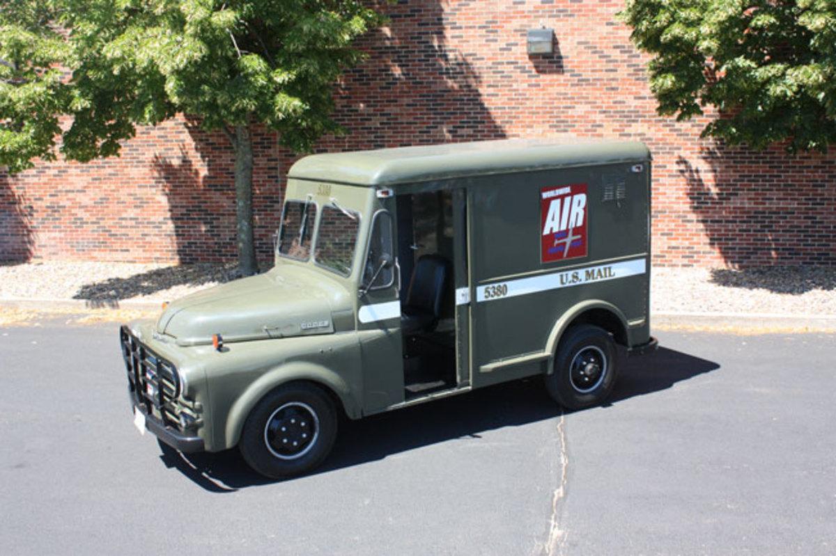 1951-mail-truck-2