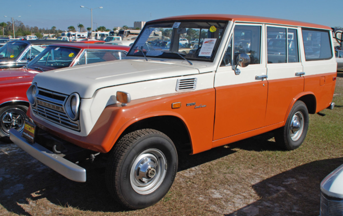 Showing that there was a little bit of everything at Kissimmee, this 1972 Toyota FJ55 SUV was called sold for a reasonable bid of $12,000.