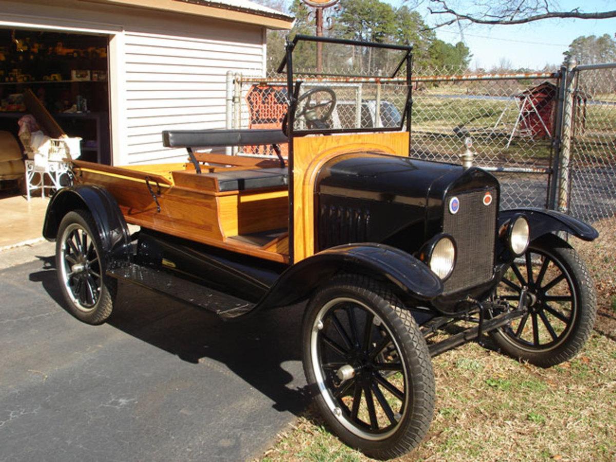 1923-Model-T-main