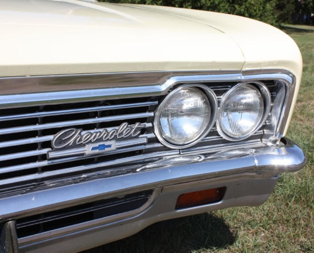 1966 Caprice-grille