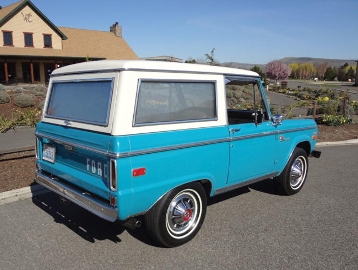1970-Bronco-rear1