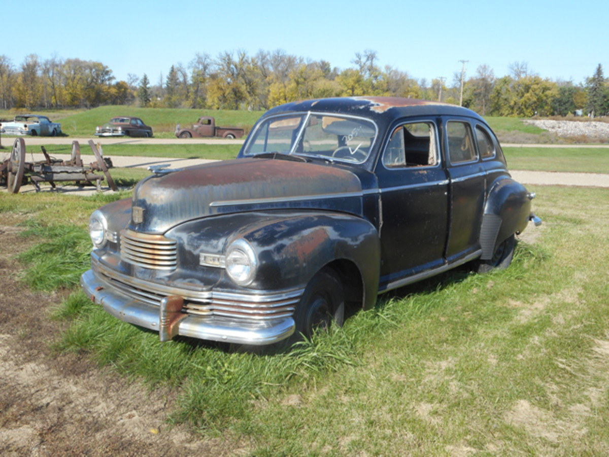 1946 Nash sedan looks to be complete and solid. Dick's has at least one other Nash from this era, and at least one if not both of them could be built.