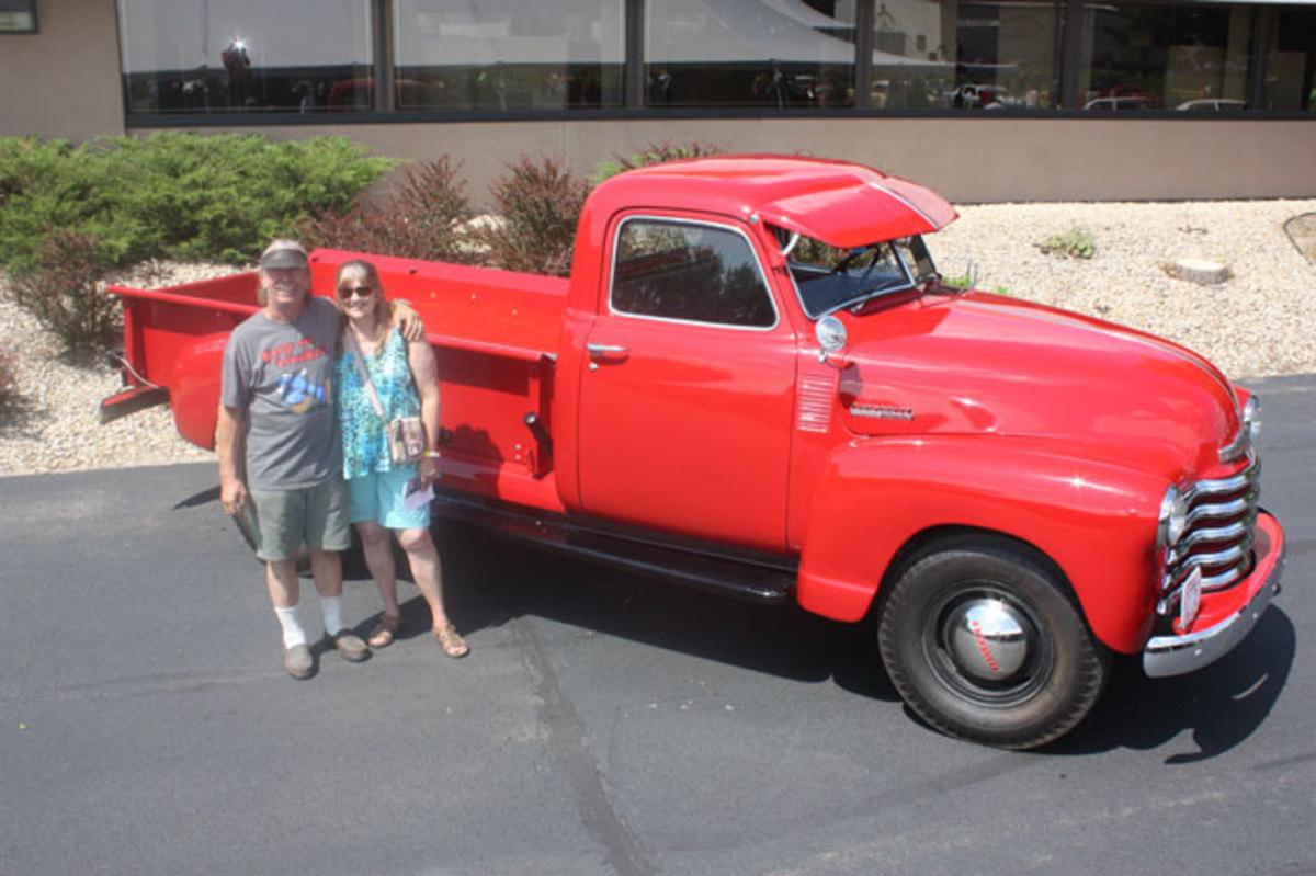 1947-Chevy-1-ton-5