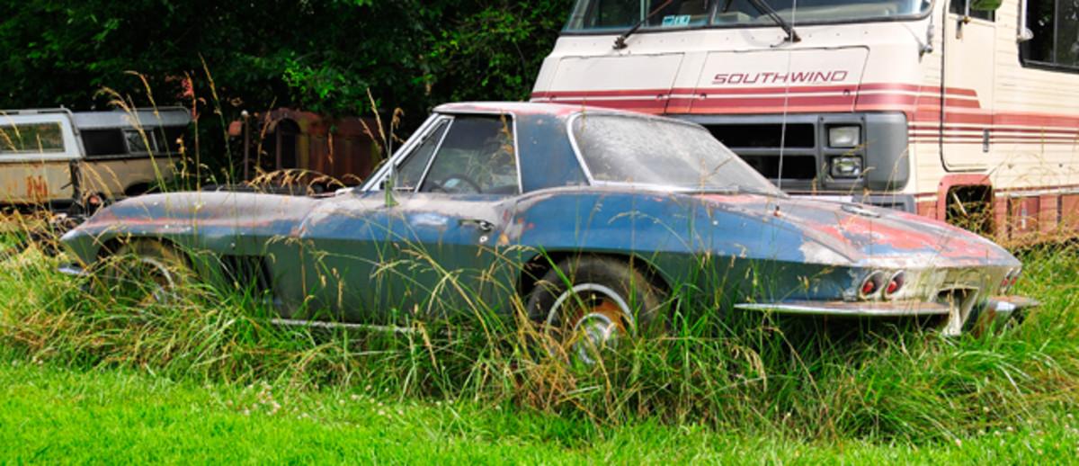 1967-Corvette-Roadster-Yard-Find004