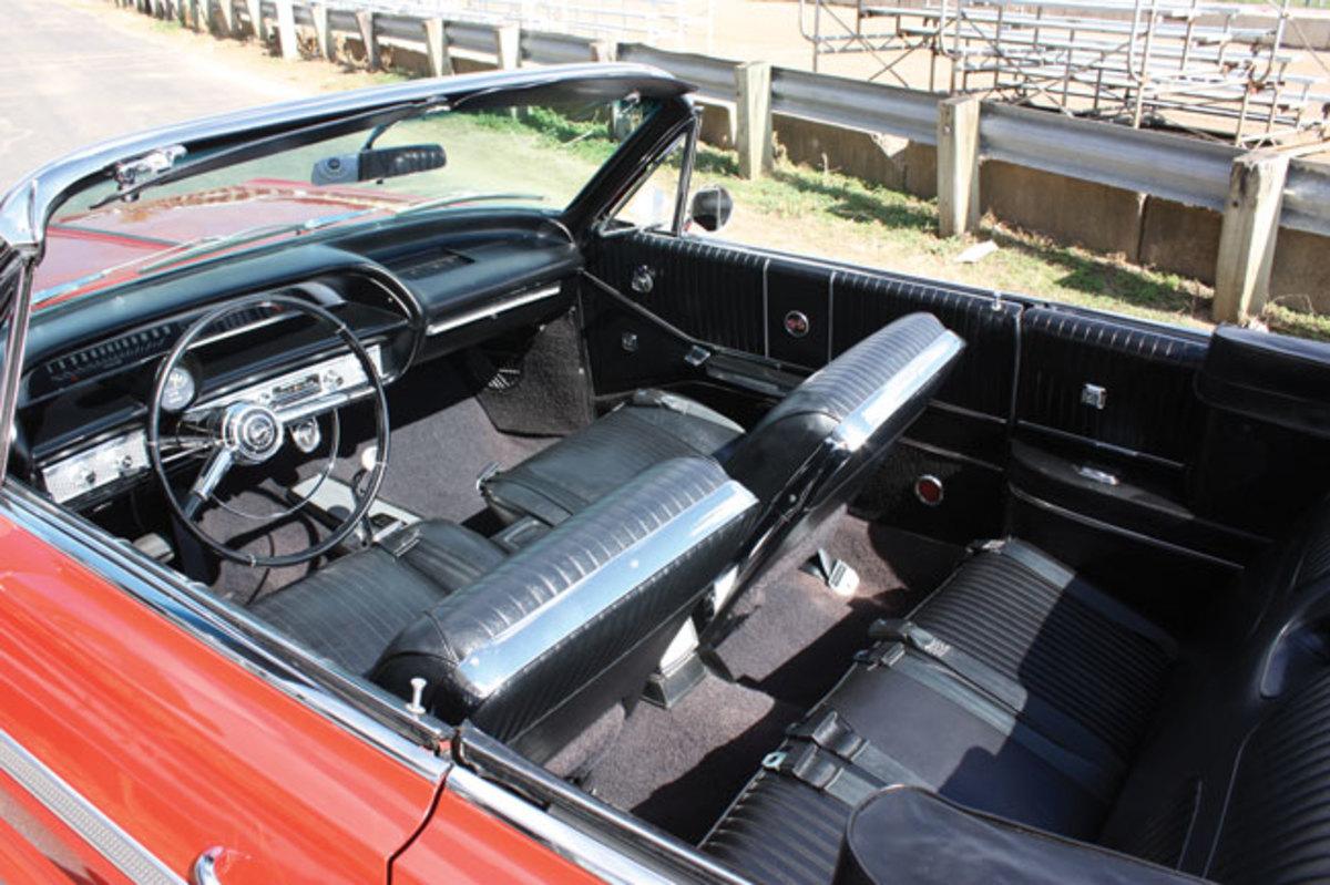 1964-Impala-SS-interior2