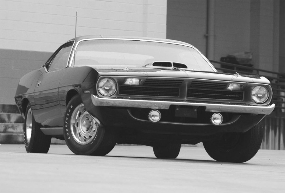 From this angle, with its driving lights and simple styling, the Plymouth exhibits a slight amount of 1960s European influence, though its 425-hp muscle mill was all American.