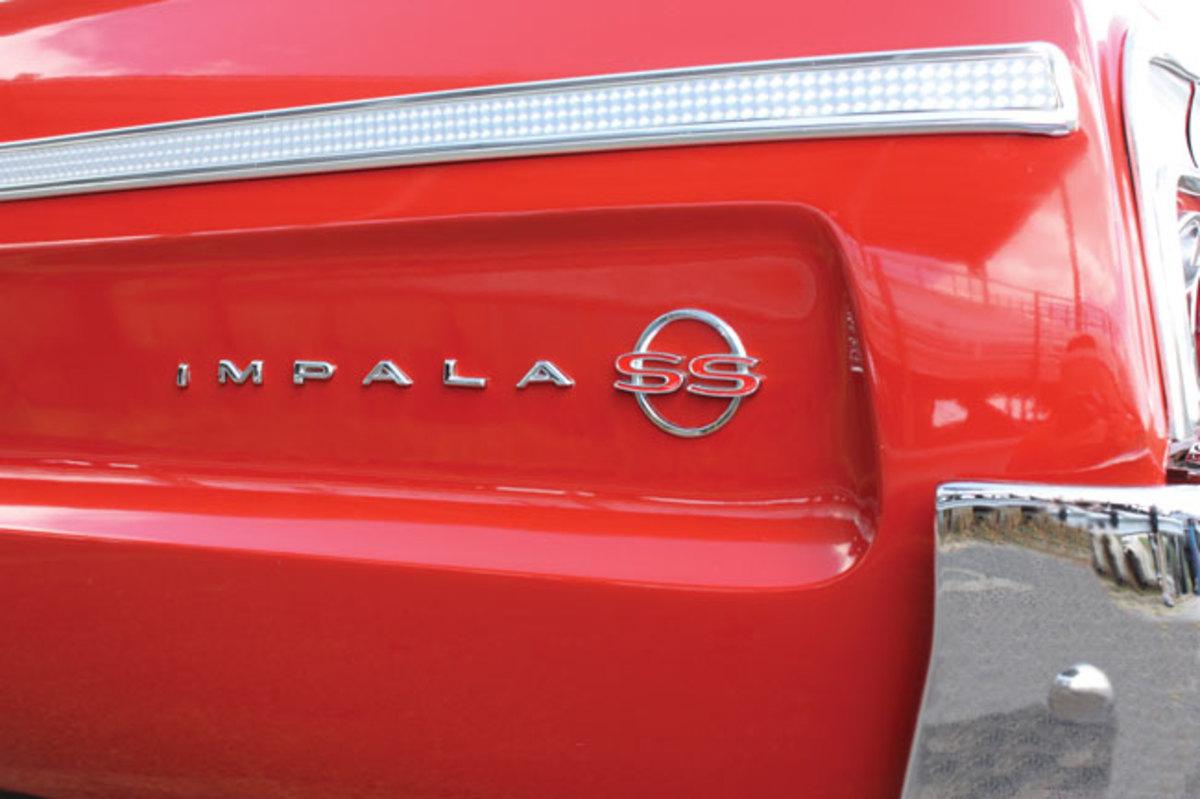 1964-Impala-SS-badge