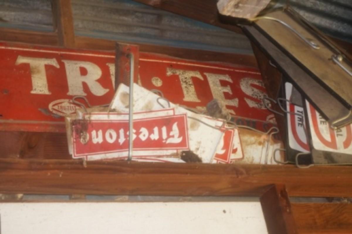 MOrris signs
