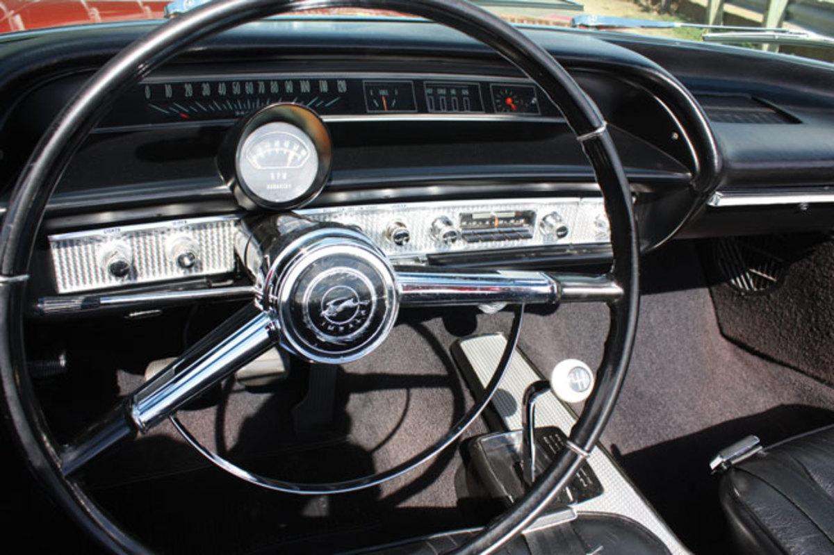 1964-Impala-SS-dash