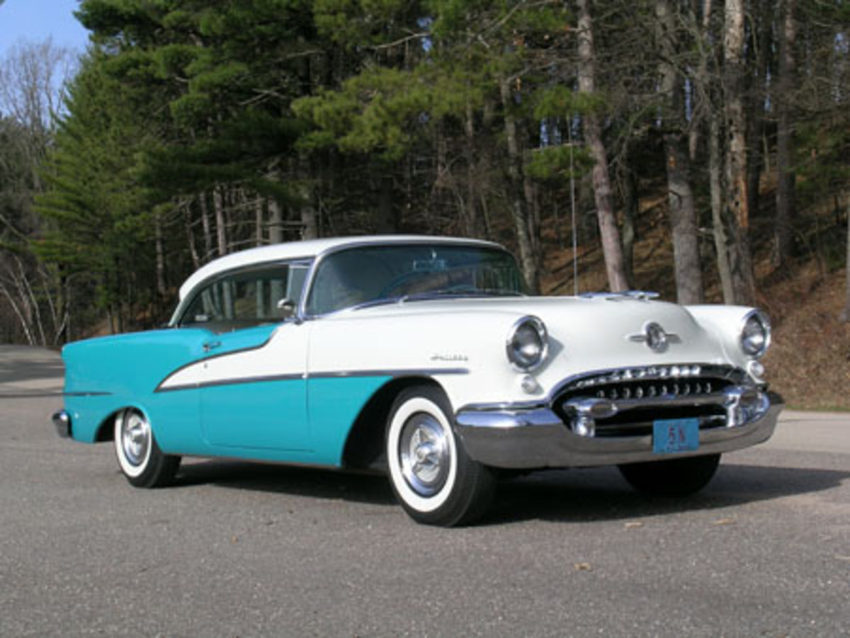 1955 Oldsmobile owned by Ken Buttolph.