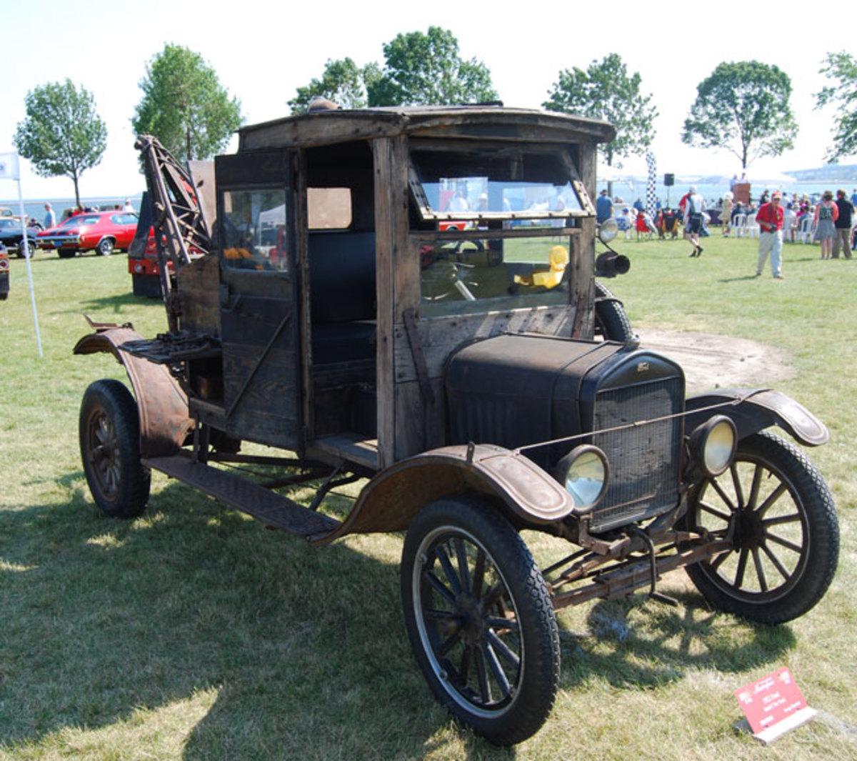 1922-Model-T-wrecker-5