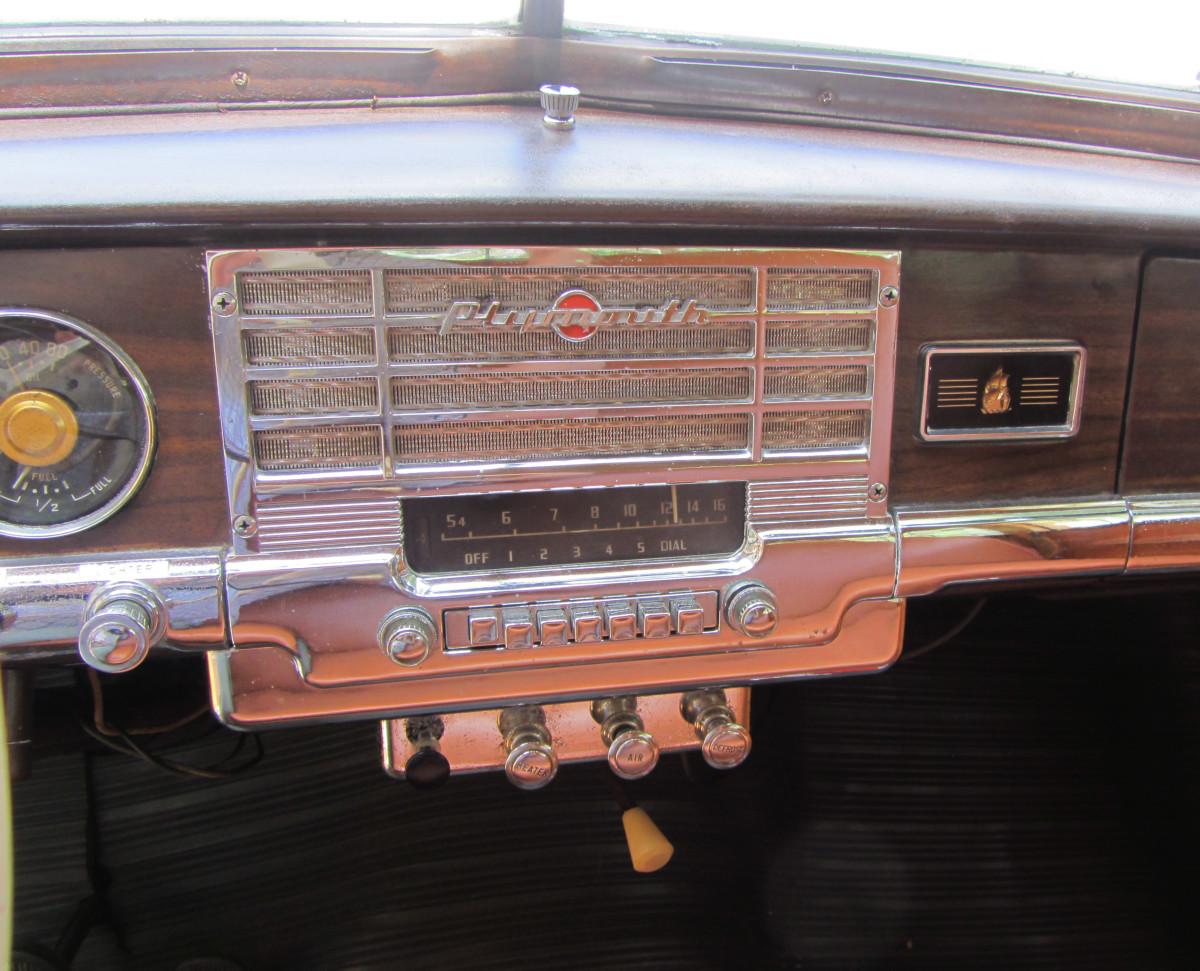 1949 Plymouth-radiox