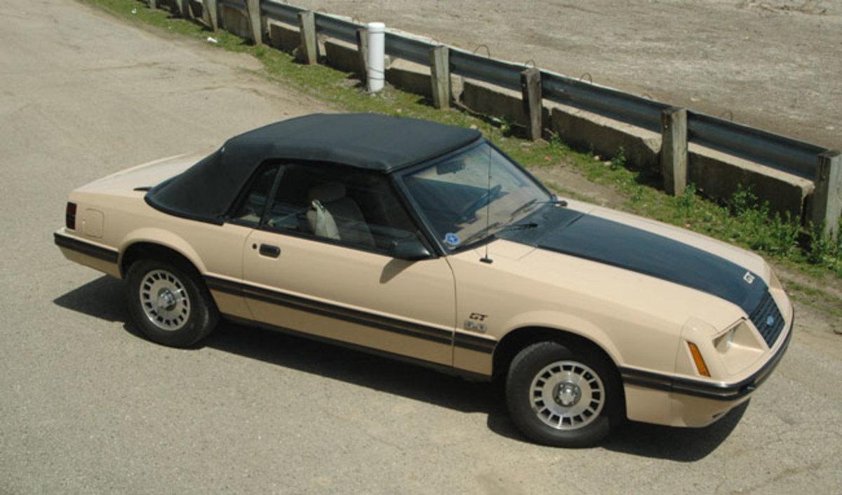 1984-Mustang-topup1