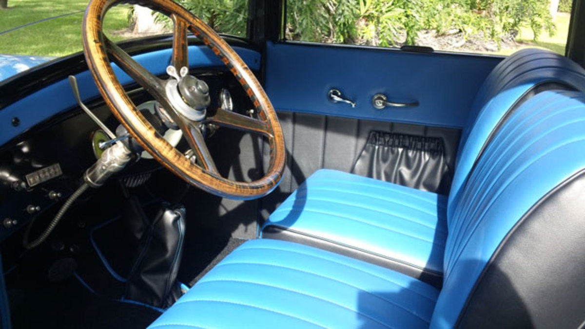 1927-Chrysler-interior1