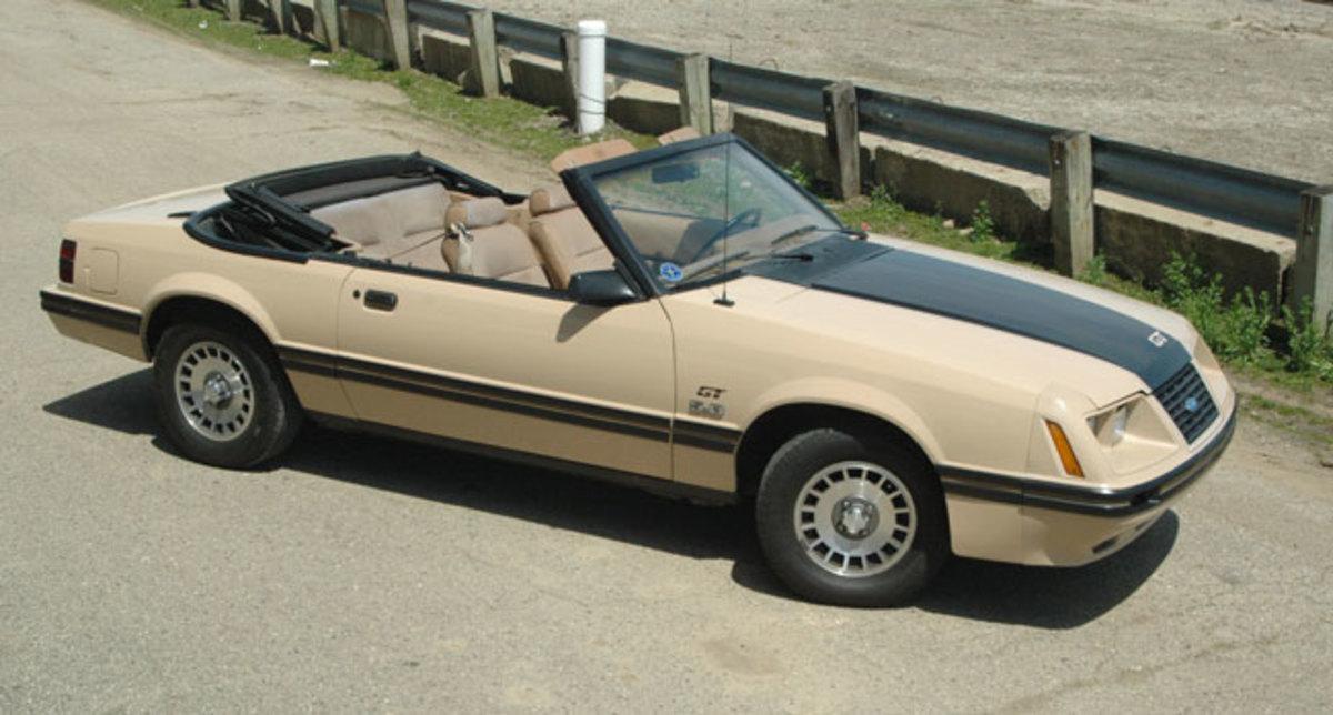 1984-Mustang-topdown1