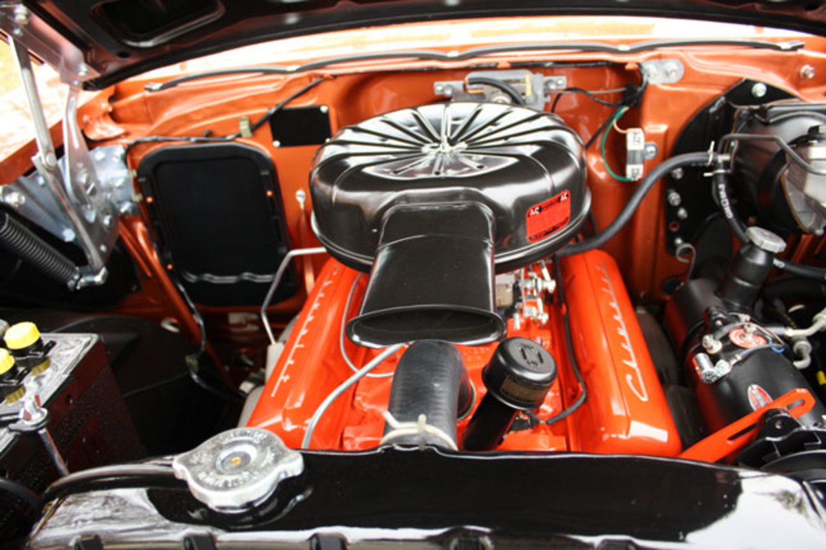 1957-Bel-Air-engine