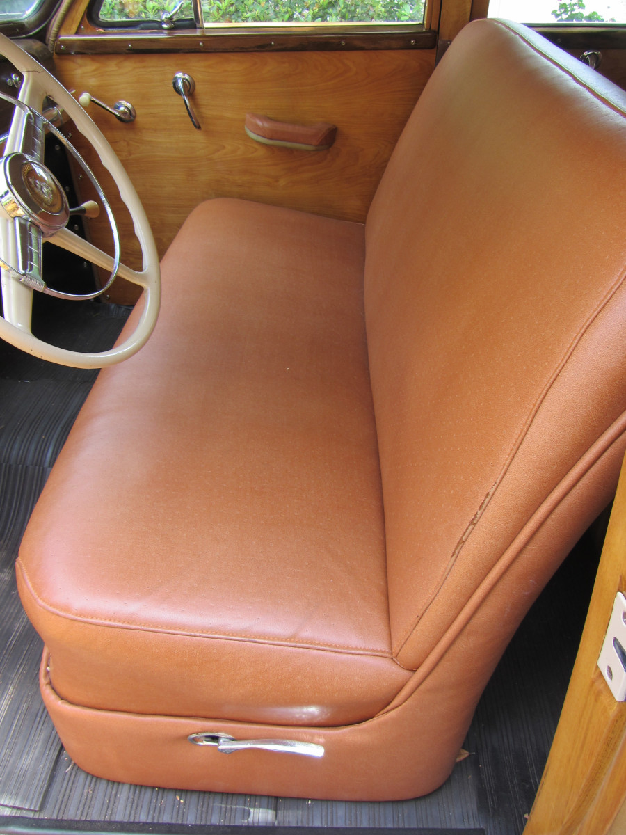 1949 Plymout-bench seat