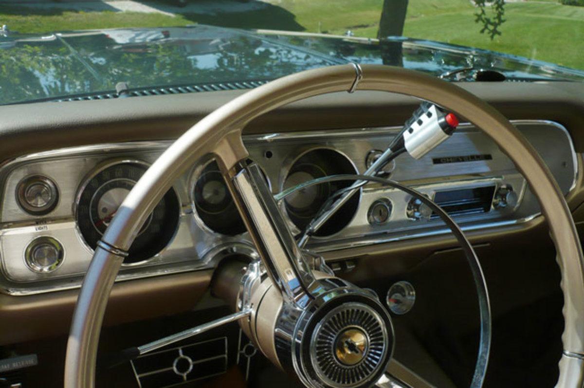1965-Malibu-interior