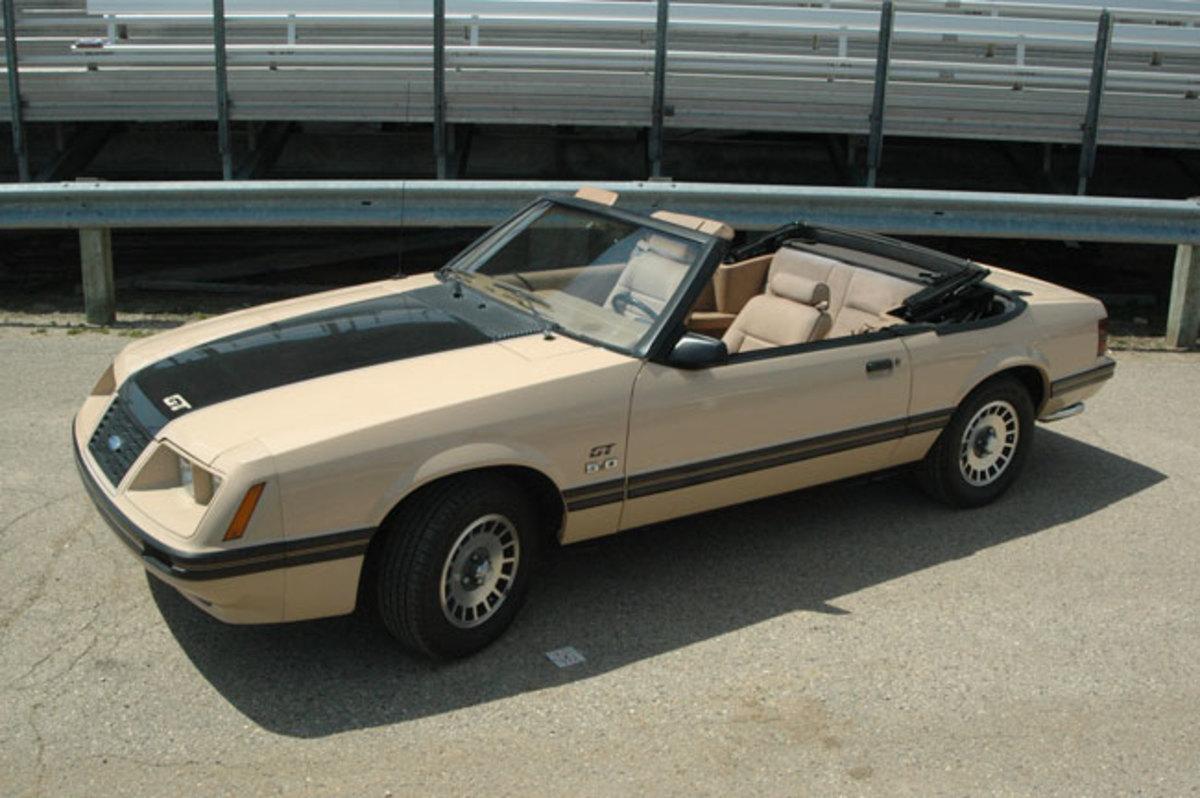 1984-Mustang-topdown-2