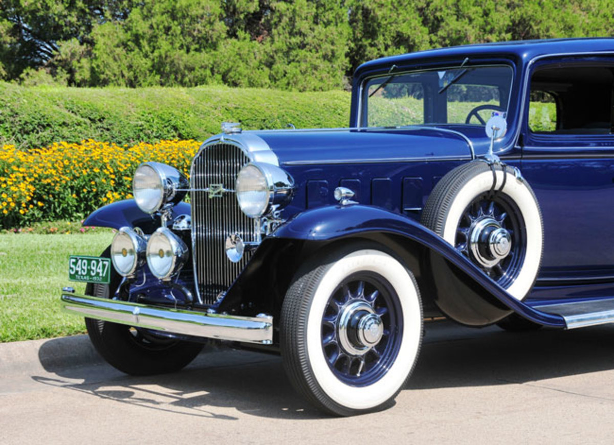 1932-Buick-front-end