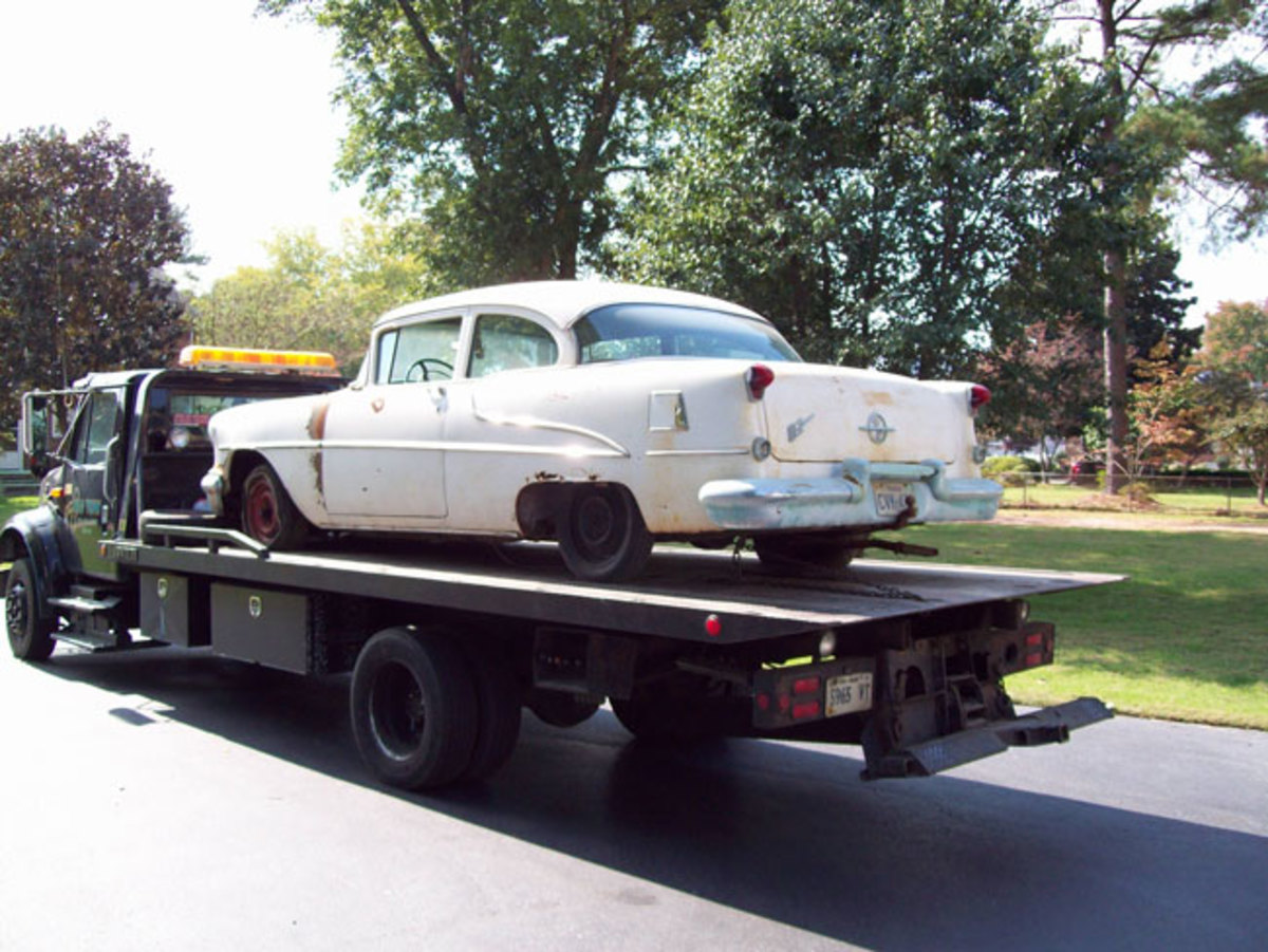1955-Olds-88-before-1