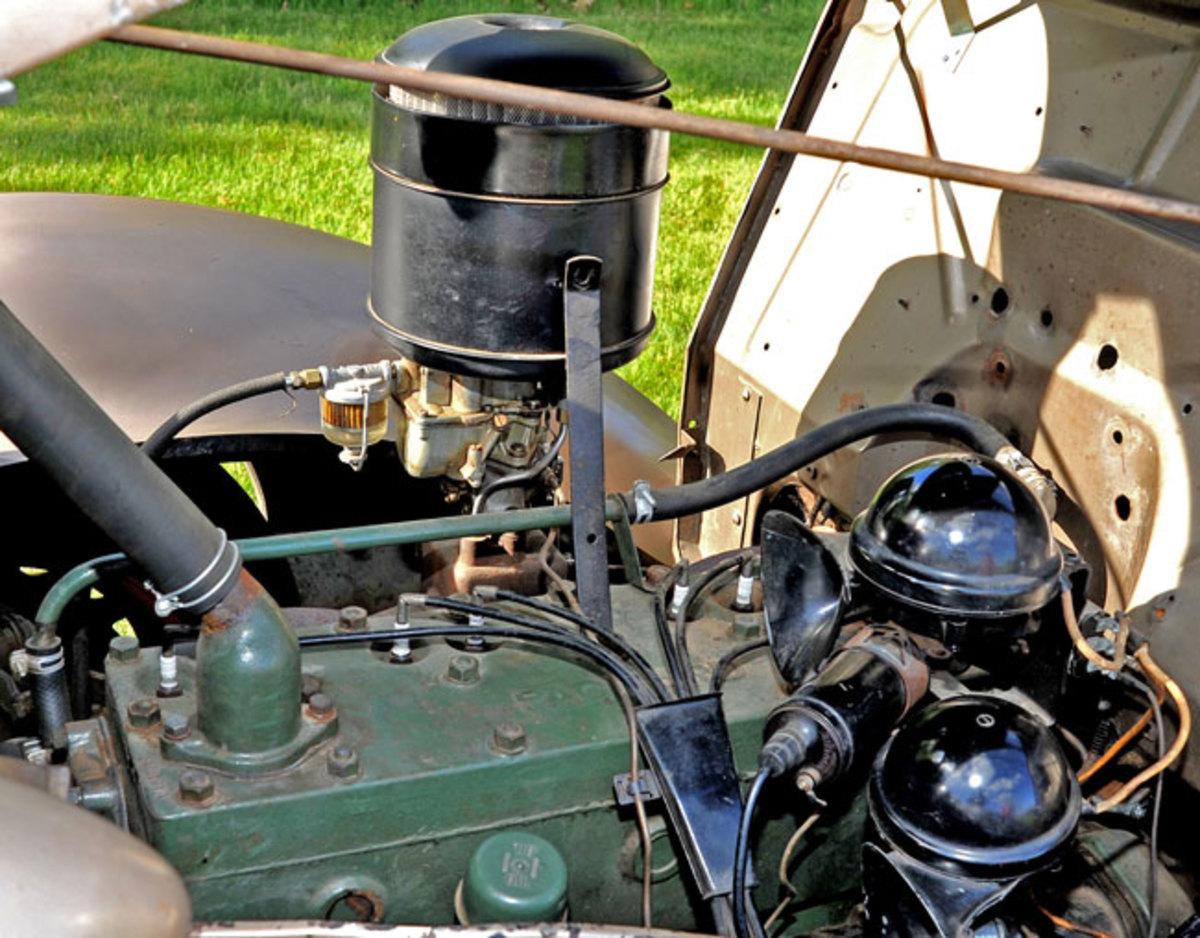 1937-Packard-3