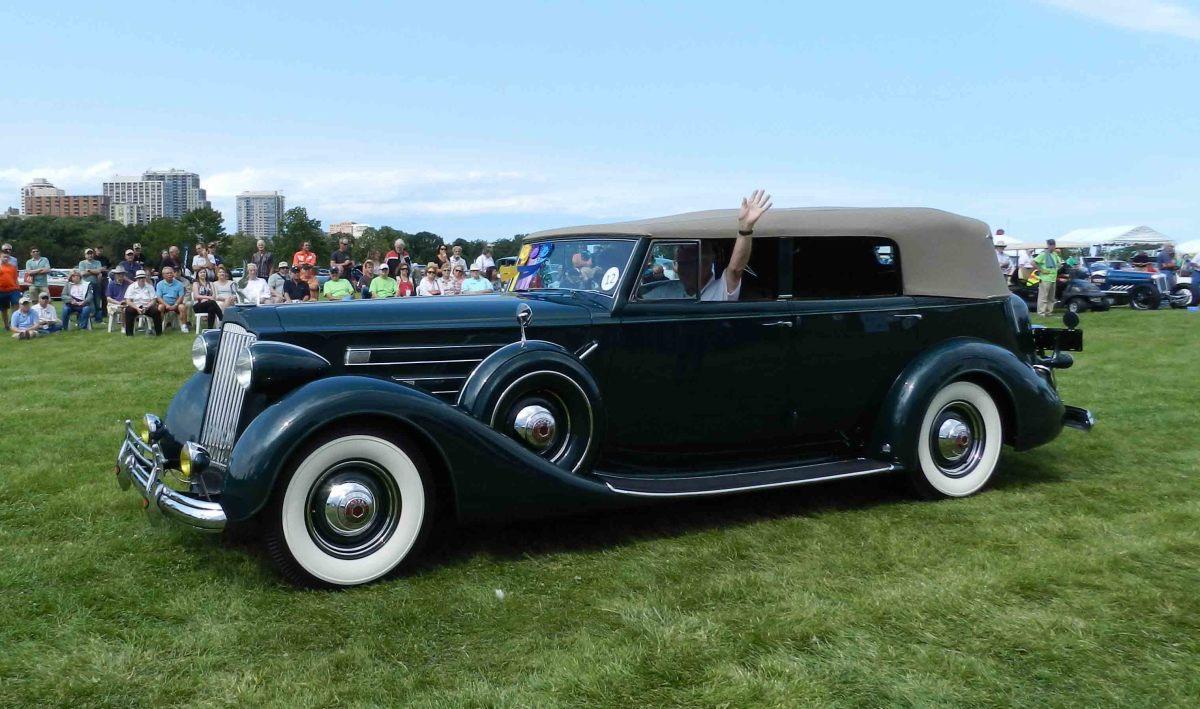 Most Elegance Open-Early 1937 Packard