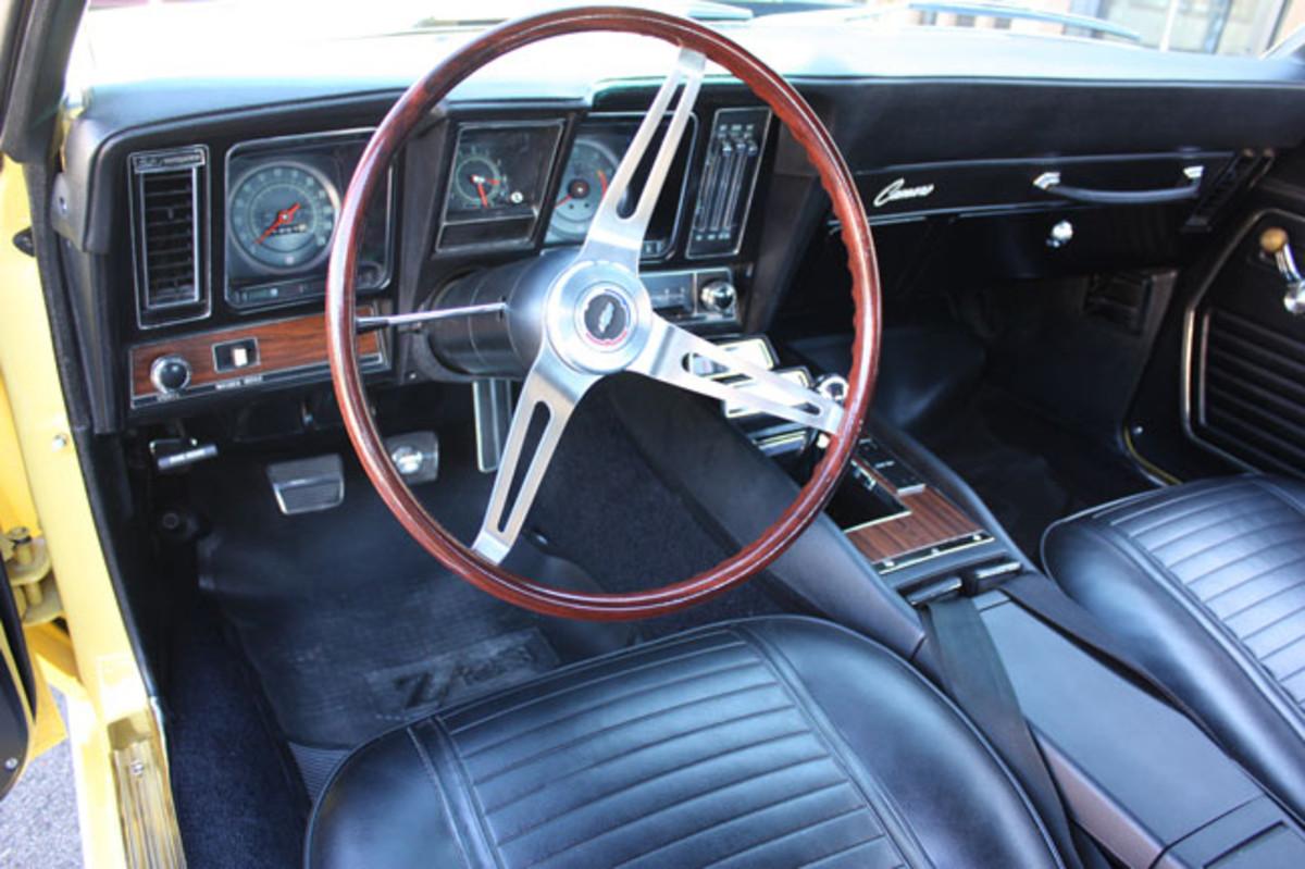 1969-Z28-interior-use