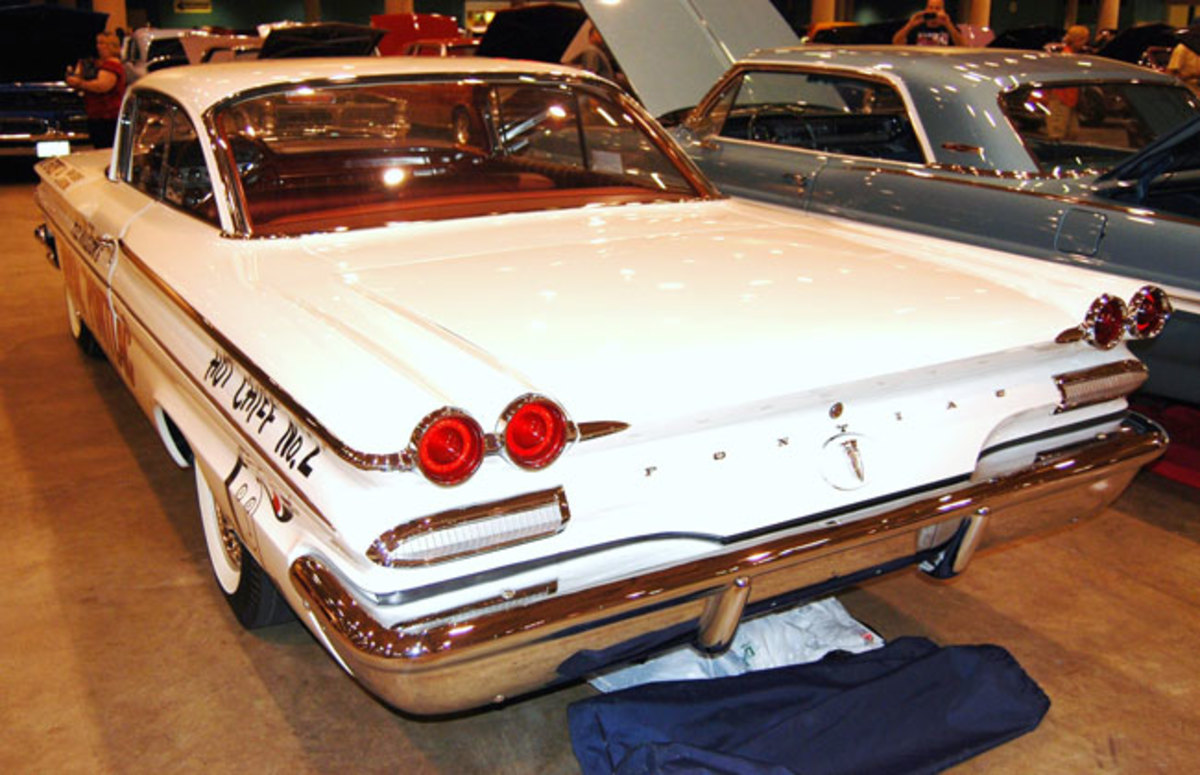 1960-Pontiac-racer-9