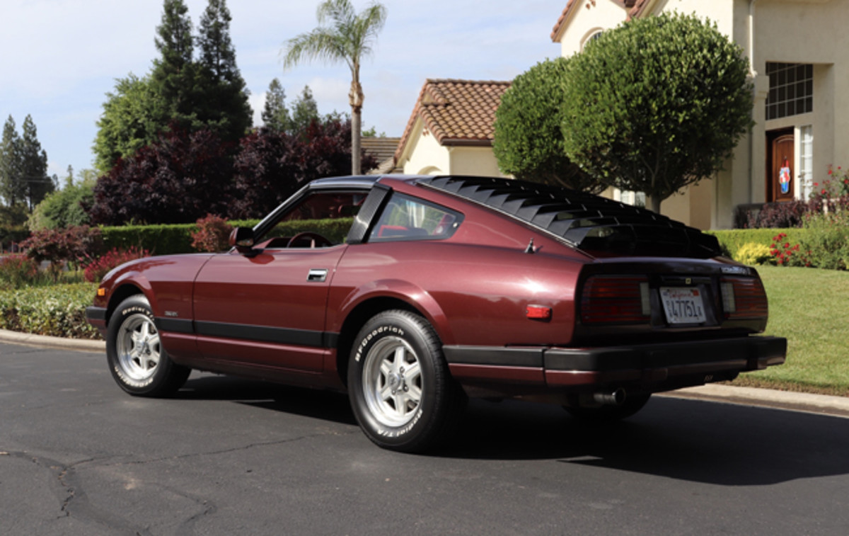 Upon its 1979 restyle, the Nissan 280ZX body became a little bit bulkier, which was in step with the times.