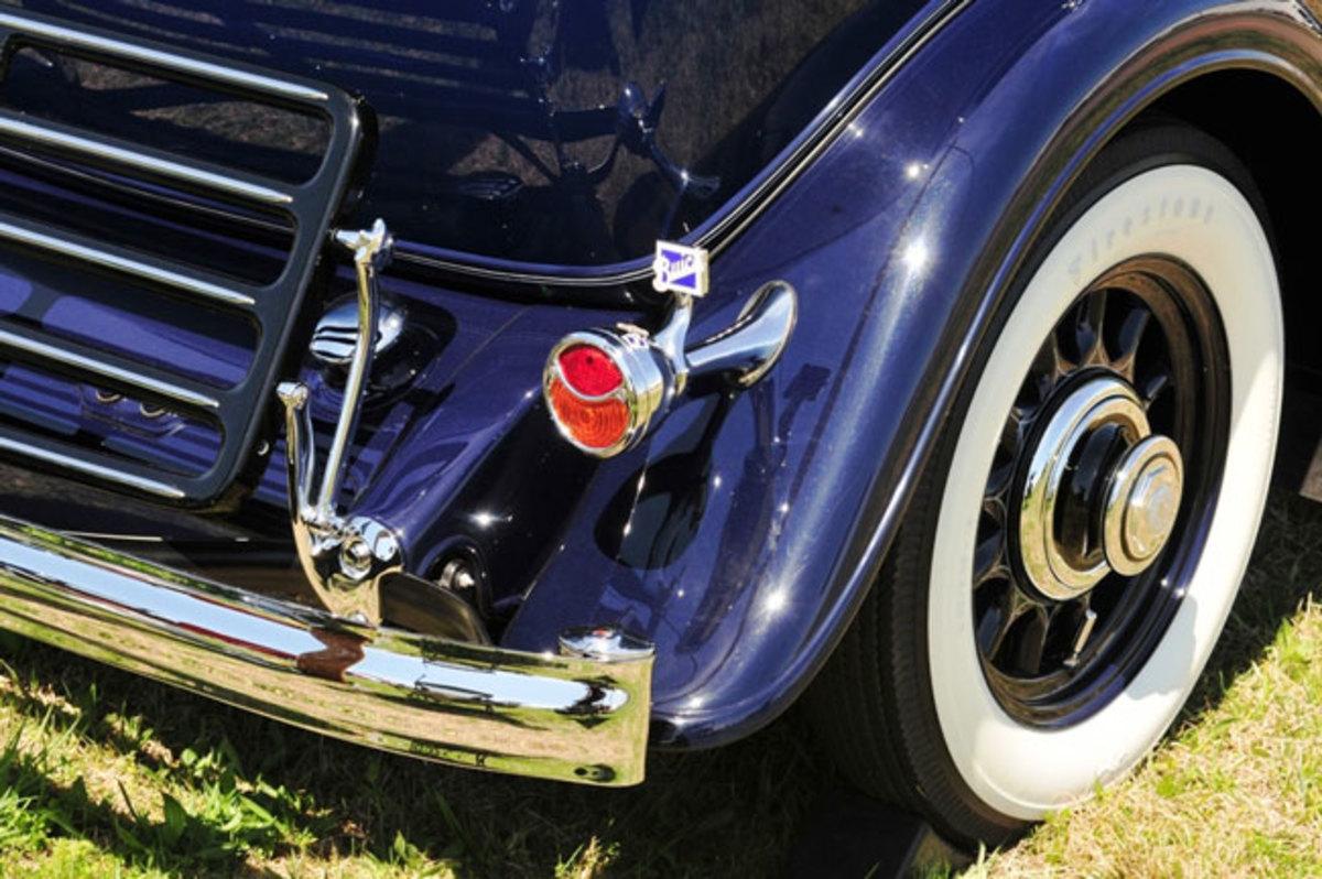 1932-Buick-rear-bumper