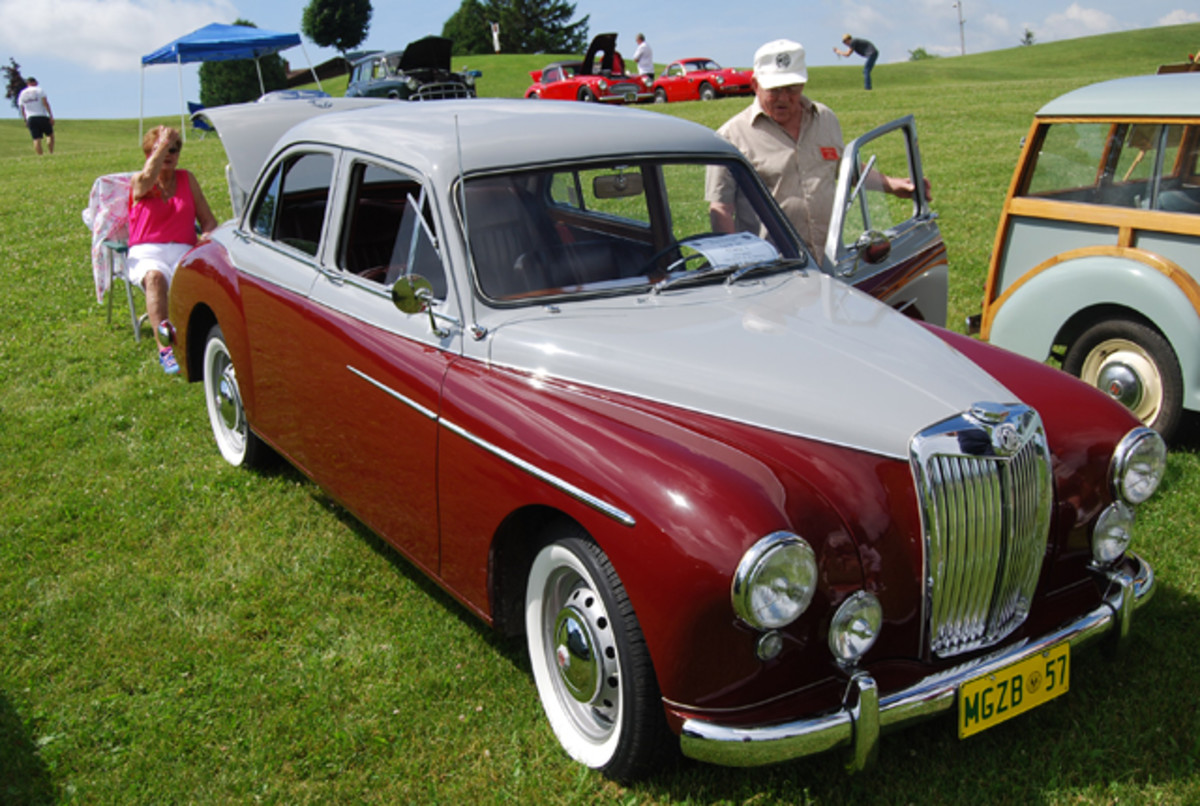 Mr. Robert Houllian's gorgeous 1957 MG Magnette ZB. This is an original color scheme. Our car was originally two-tone gray..