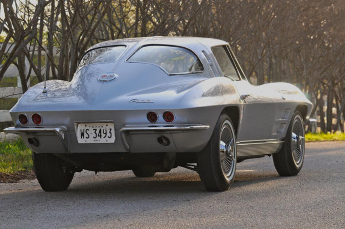 1963-Corvette-rear